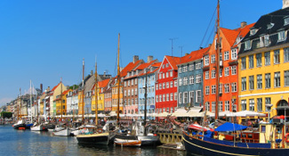 International moving services to Denmark