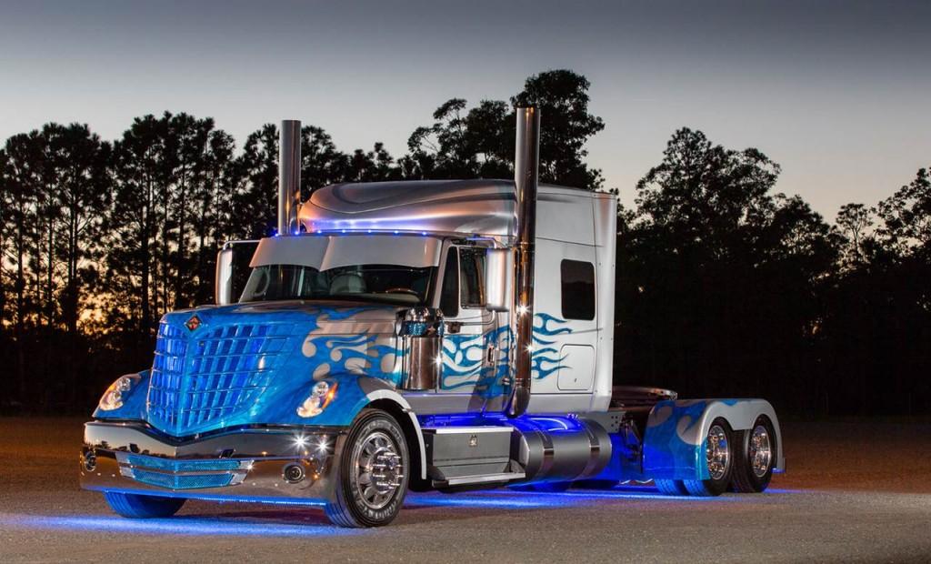 navistar blade truck