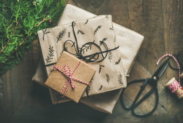 Gifts for expats and overseas travelers