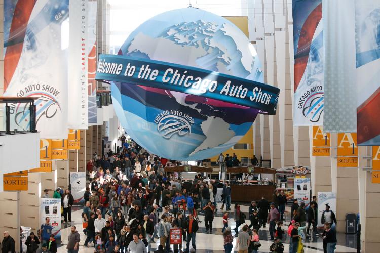 Chicago-Auto-Show-Globe