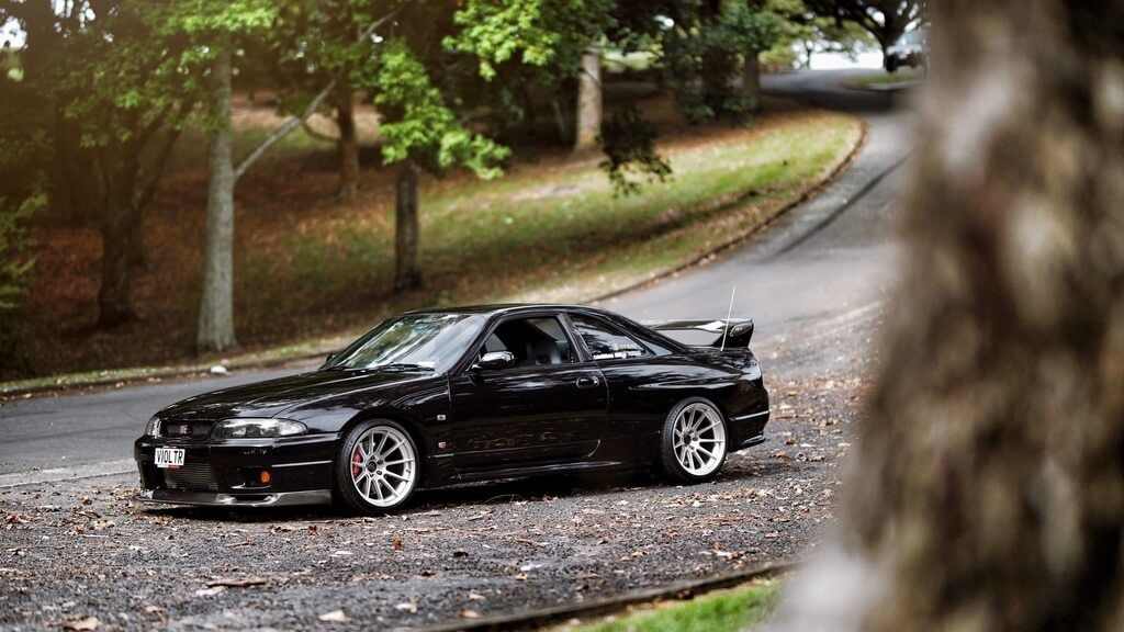 2020 Import Nissan GT-R R33 Black Road