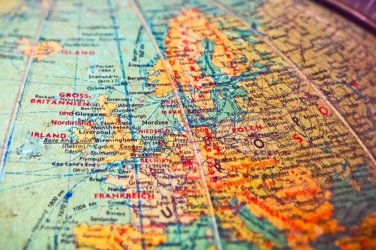 shipping to europe globe map
